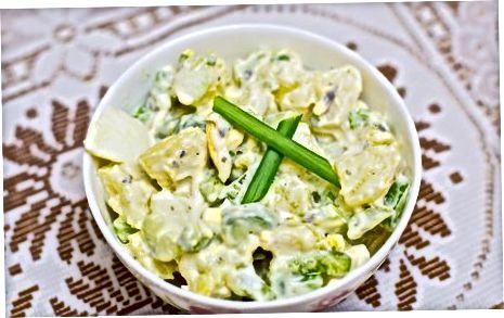 Хрупкава картофена салата