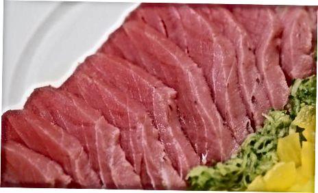 Нарязване на рибата на сашими резени