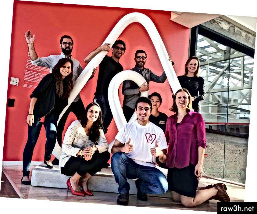 Джихад Кавас с дизайнерския екип на Airbnb - Приятели завинаги;)