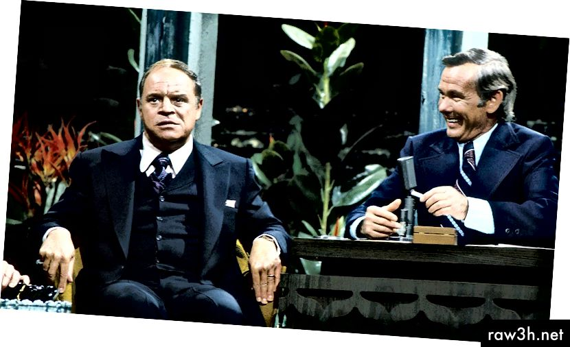 जेव्हा विनोदी नायकांना जॉनीबरोबर बसून आणि बोलताना त्याने पाहिले तेव्हा तो मोठा झाला होता. आता त्याची पाळी होती. फोटो, हॉलिवूडचा रिपोर्टर