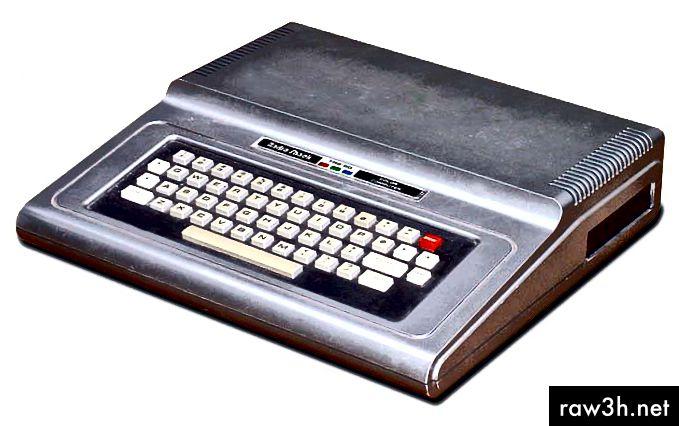 راديو شاك TRS-80 لون الكمبيوتر