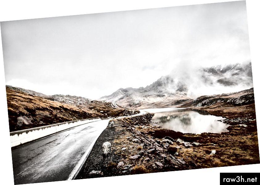 Снимка на Йенс Херндорф на Unsplash