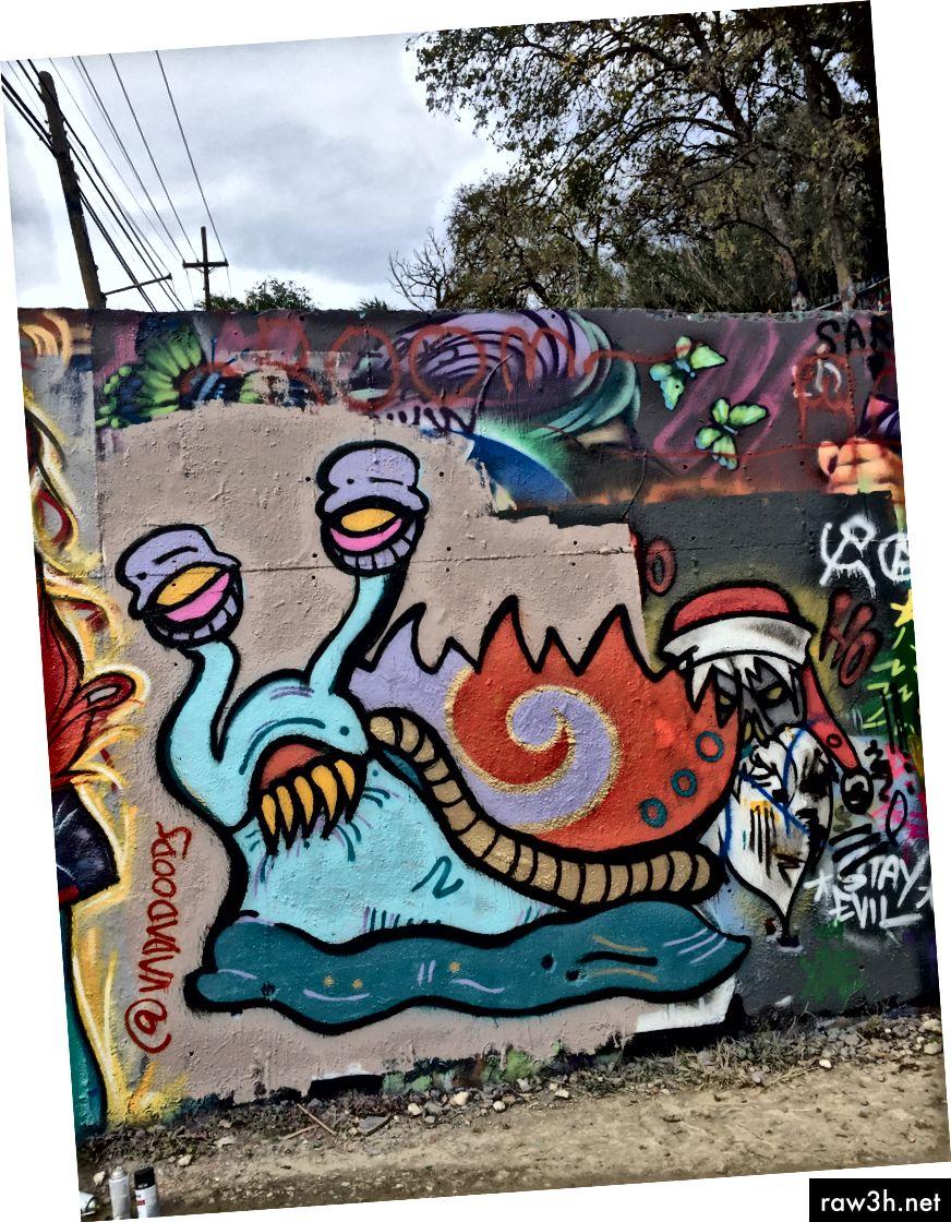 صورتي ، الكتابة على الجدران