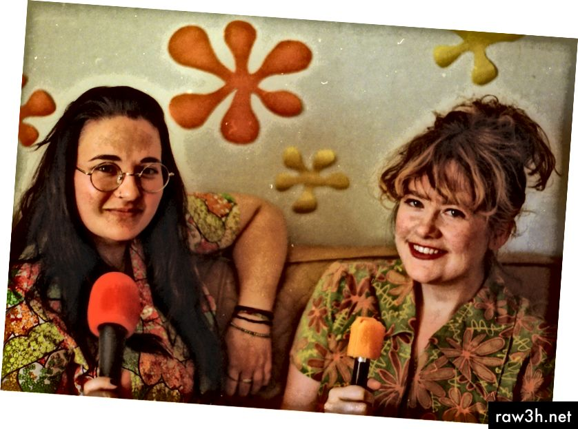 Alison Stevenson και Alexandra Tweten της V Single Podcast. Φωτογραφία από τον Ryan Coyle.