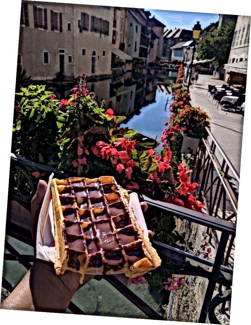 Den bedste chokoladevaffel fra Le Péché Mignon i nærheden af Palais de l'Ile