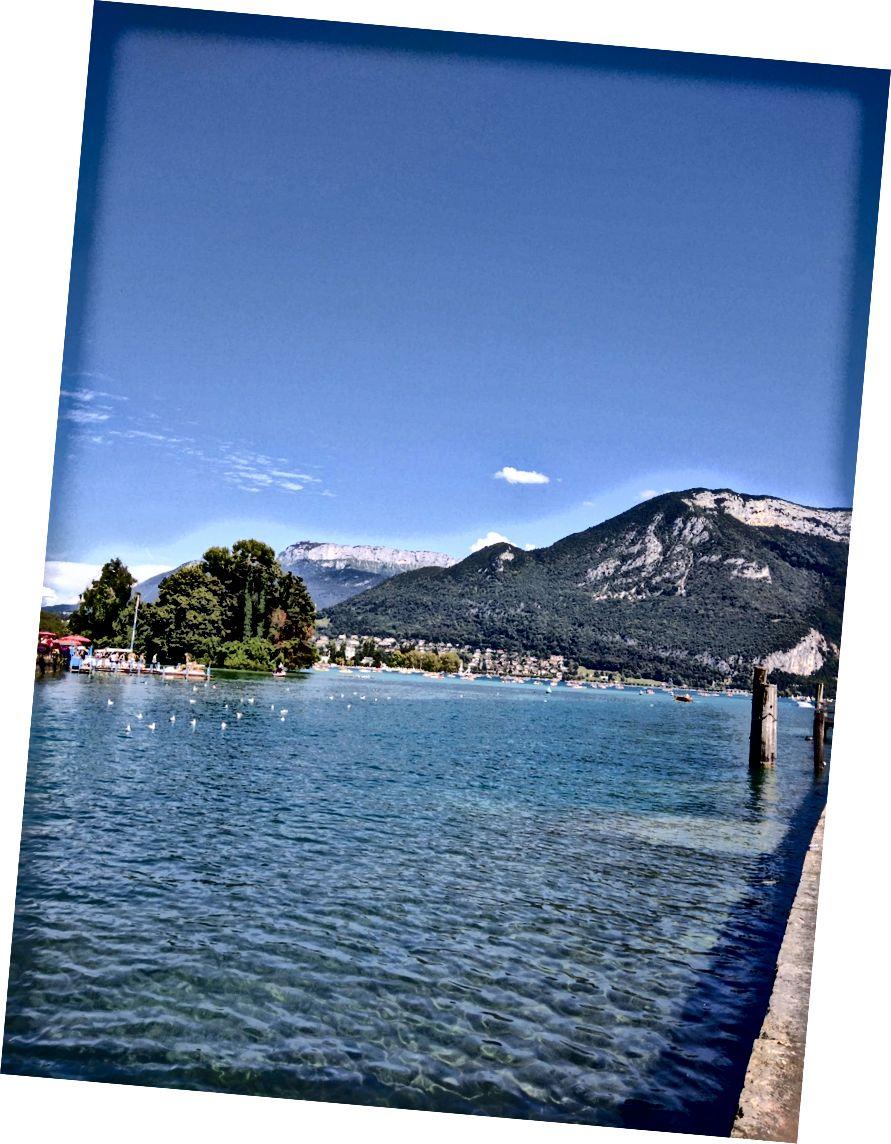 No és sorprenent que el llac d'Annecy sigui un dels llacs més puros d'Europa