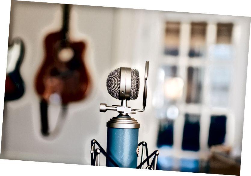 Gravació del micròfon (de Kelly Sikkema via Unsplash)