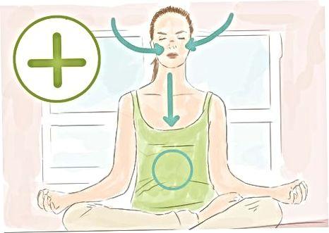 Meditatsiya qilish uchun mos keladigan pozitsiyalarni bajarish