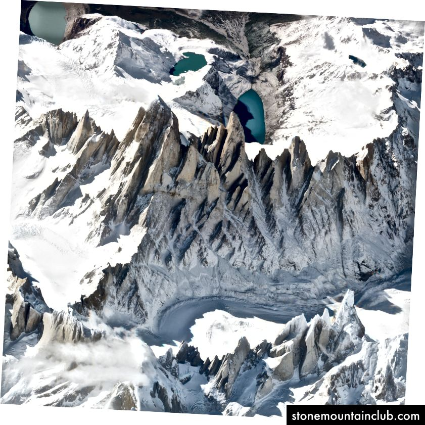 Monte Fits Royning ajoyib ko'rinishi. 2018 yil 19 mart. SkySat. Rasm © 2018 Planet Labs, Inc. cc-by-sa 4.0.