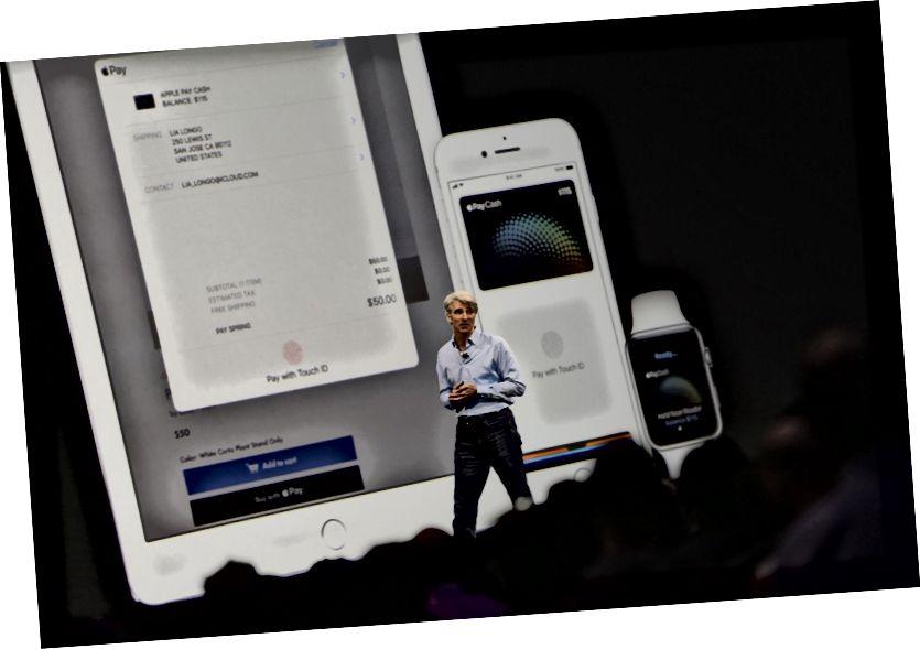 کارت Apple PayCash در کیف پول Apple خود