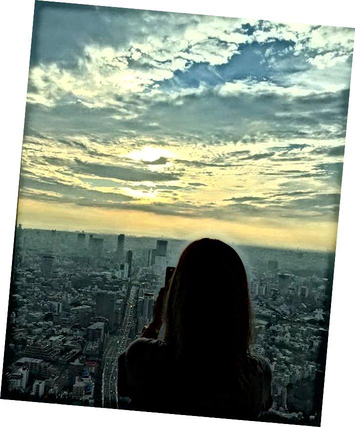 Mori Tower-dən mənzərəni çəkir, Roppongi Hills, Tokio (Şəkil krediti: Junko Nagao)