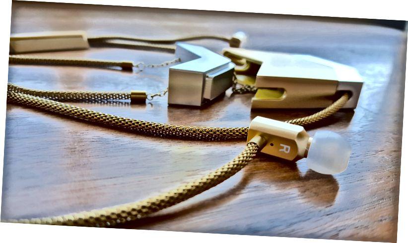 Le collier audio Dipper par Tinsel. Crédits: Lindsey Nicole Dugger