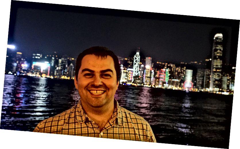 Hangandi í Hong Kong eftir messu