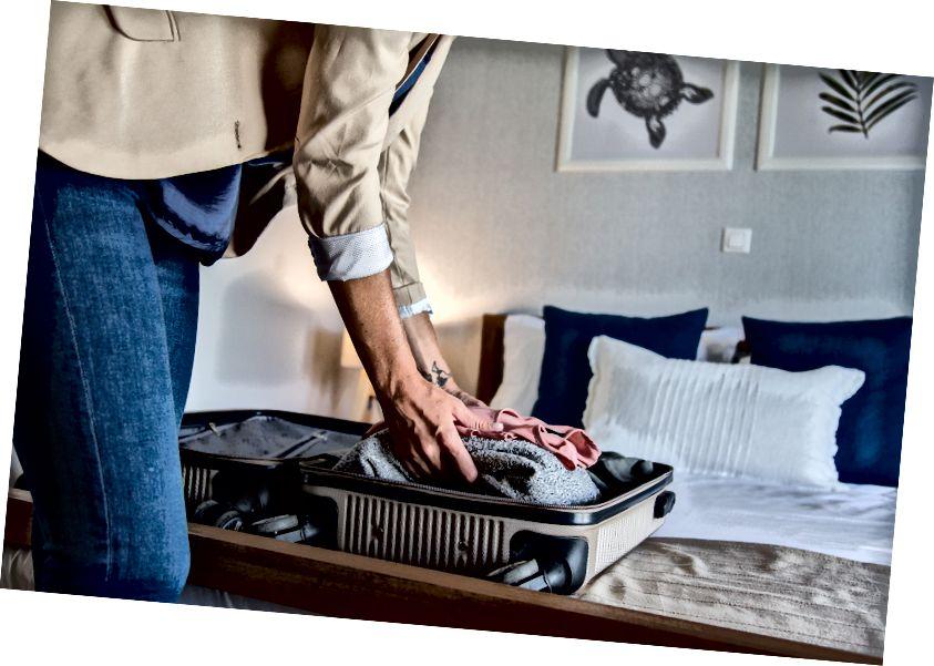 Bagaimana jika Anda bisa pindah ke apartemen baru tanpa perabot dan hanya koper pakaian?