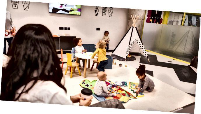Inni í Kids Studio í Huckletree West
