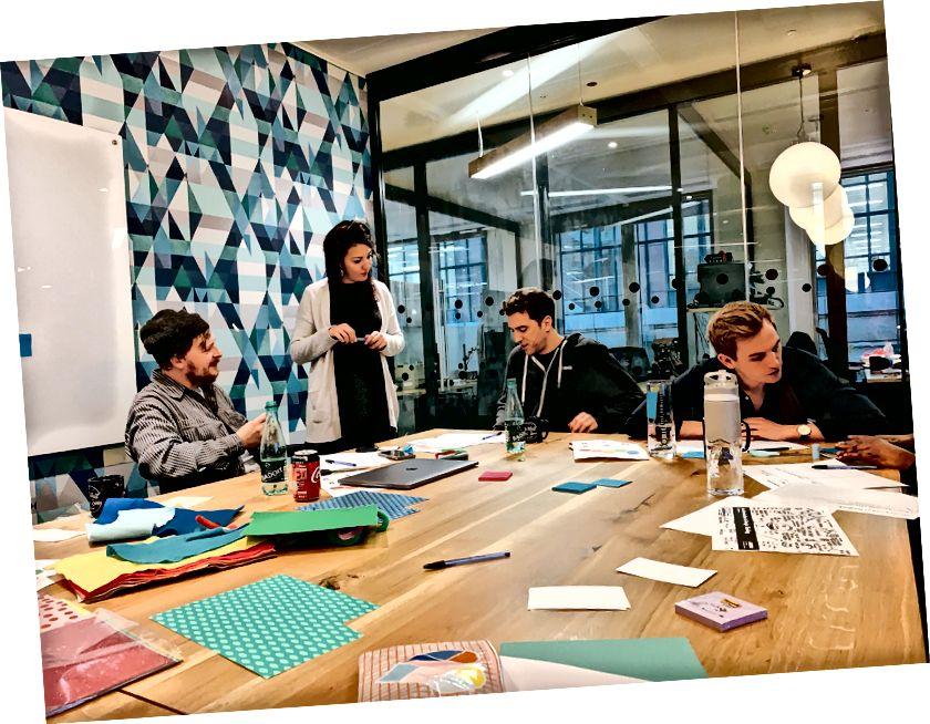 आम्ही अल्गोलियाच्या लंडन कार्यालयासाठी इंट्रो टू डिझाईन थिंकिंग कार्यशाळा घेतली