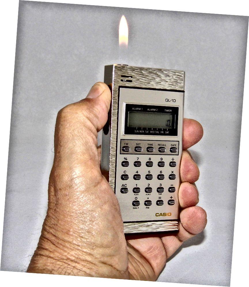 Casio QL-10 калкулатор / запалка за цигари (1985 г.)