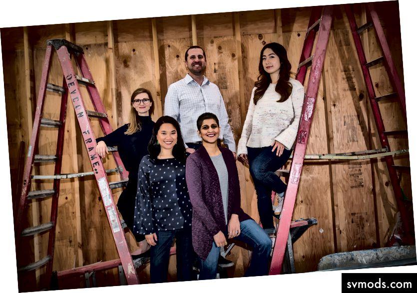 Das Gründungsteam von Spero Ventures in der Bauzone unseres neuen Büros. Im Uhrzeigersinn von oben in der Mitte: Rob Veres, Christina Li, Shripriya Mahesh, Ha Nguyen und Sara Eshelman