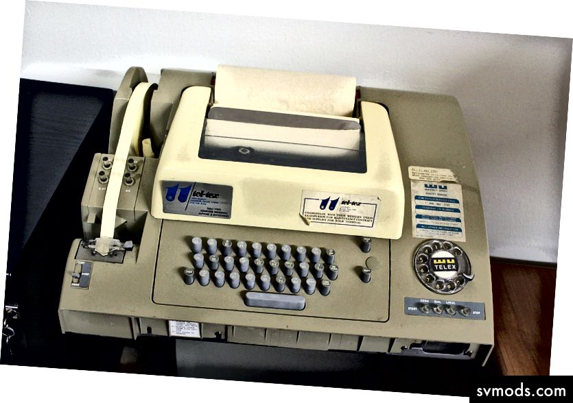 Jamie - Flickr: Telex gép TTY, CC BY 2.0, https://commons.wikimedia.org/w/index.php?curid=19282428