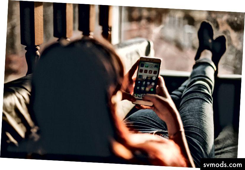 Shopping und Messaging verbinden sich. Foto, zwanzig20.