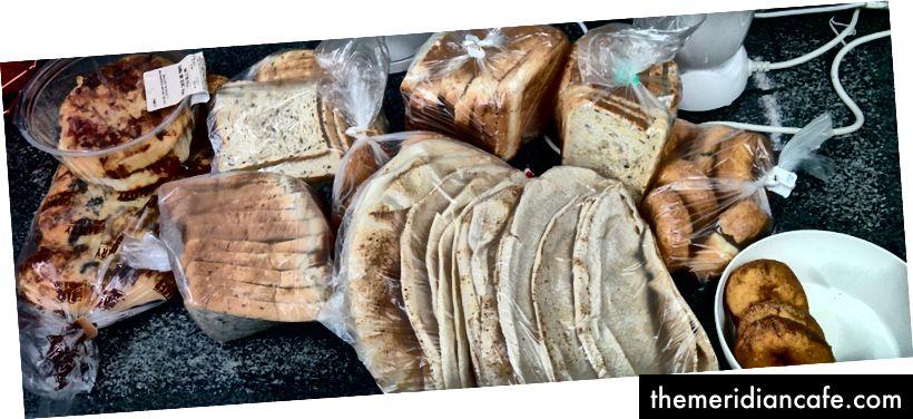 Allein in Großbritannien werden jährlich fast 900.000 Tonnen Brot verschwendet - rund 24 Millionen Scheiben pro Tag. (über @ToastAle)