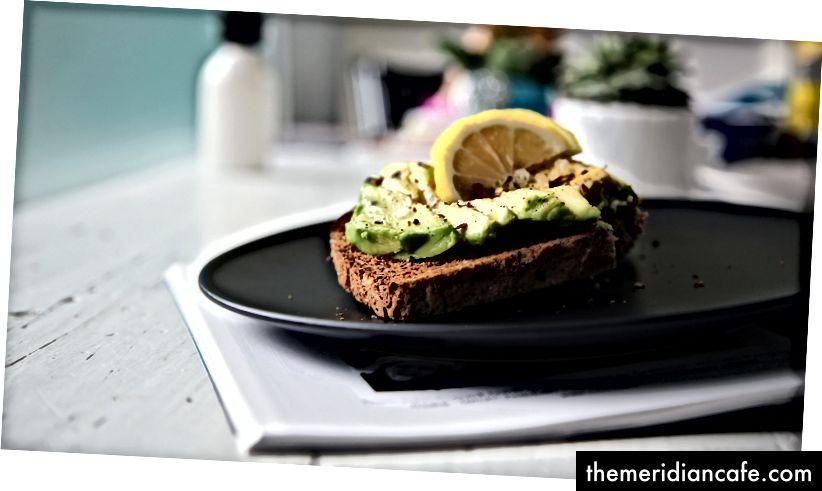 Avocado Toast gehört? Es ist das Tor zum Veganismus.