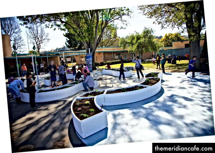 Um dos nossos primeiros - e mais bonitos! - Salas de aula do Jardim de Aprendizagem em Los Angeles.