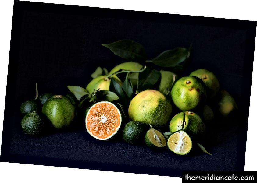 Bergamotas da Calábria; tangerinas verdes e umbigos verdes