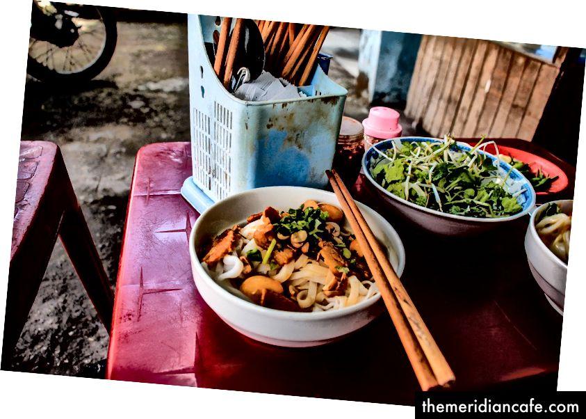 Frühstück in Da Nang, Vietnam | © René DeAnda / Unsplash