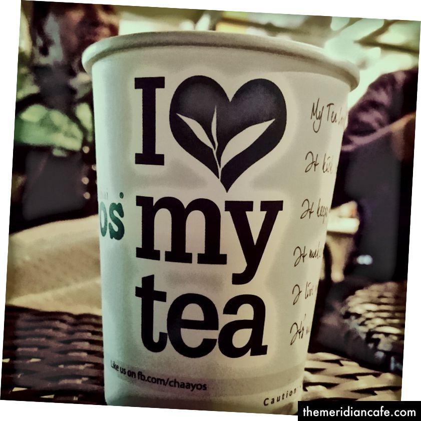 Tolles Faktum: Es gibt Tonnenweise Bilder von Tee. Machen Sie sich bereit, Freunde, denn hierher kommen sie