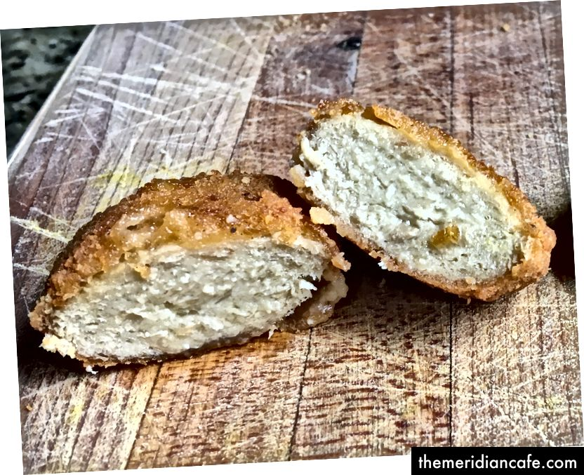 تهدف سياتل فود تيك إلى صنع قطع دجاج نبتة نباتية تنافس التكلفة مع لحم الدجاج الفعلي.