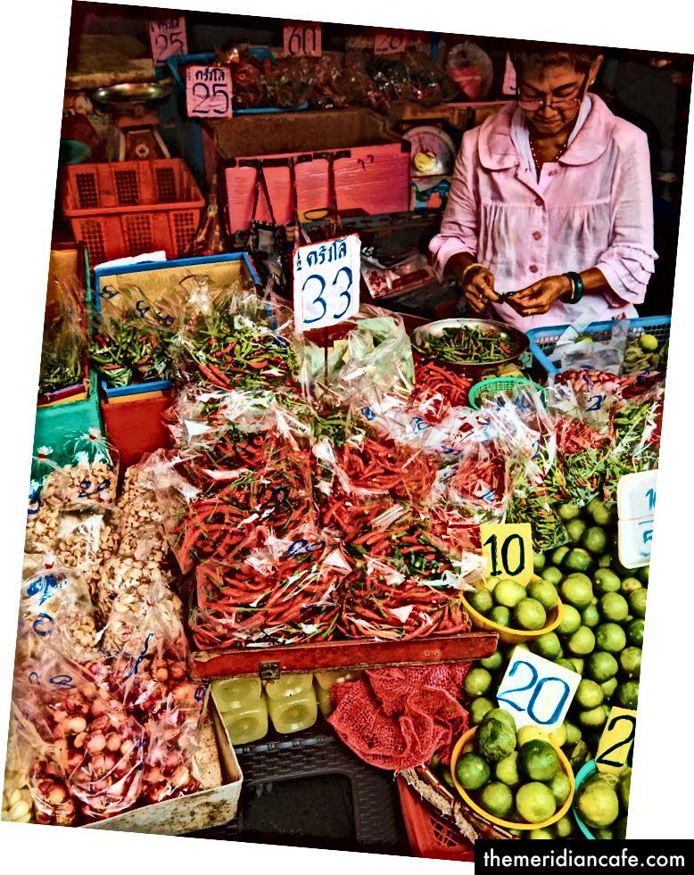 Um mercado de rua em Bangkok.