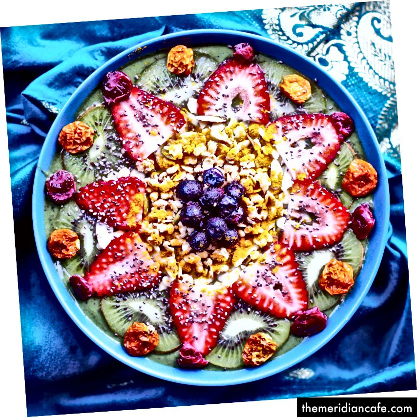Tigela de smoothies veganos de Arcelia Kent, da EburgVeg (usada com permissão)