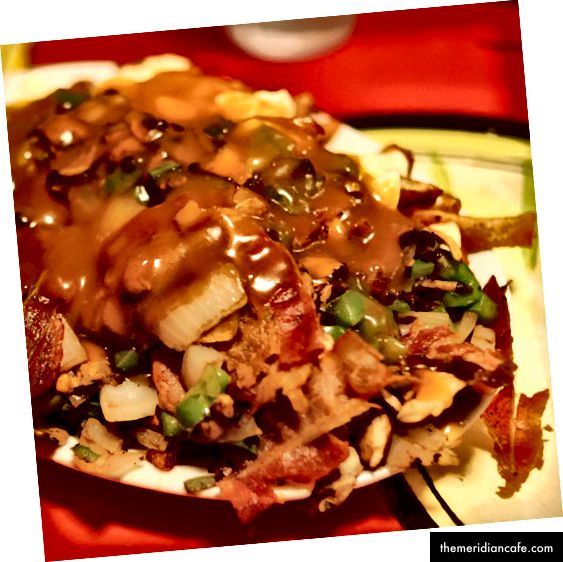 Nie obchodzi mnie, co mówi menu, to NIE jest poutine. Zdjęcie d76 na Flickr