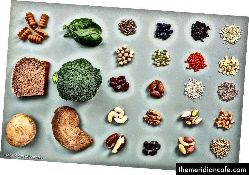 Les sources de protéines alternatives comprennent les noix, les graines et les légumes