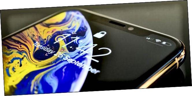 Экран iPhone XS