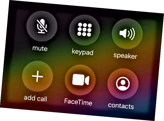 iOS 13の[通話]画面。