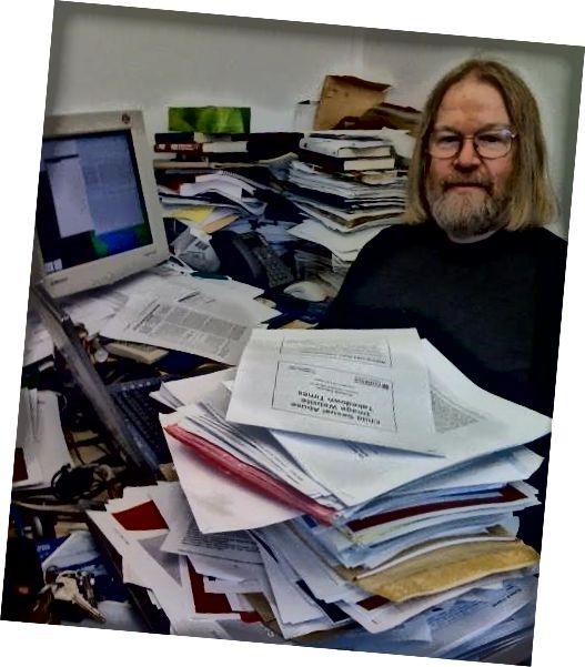 χαρτί-μύθος-γραφείο