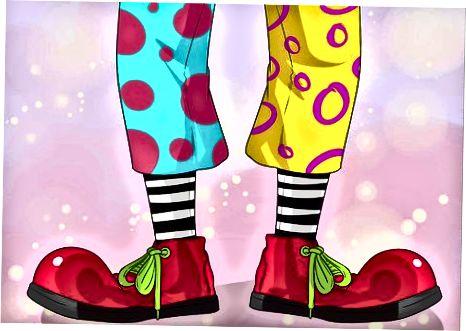 Clown sifatida kiyinish