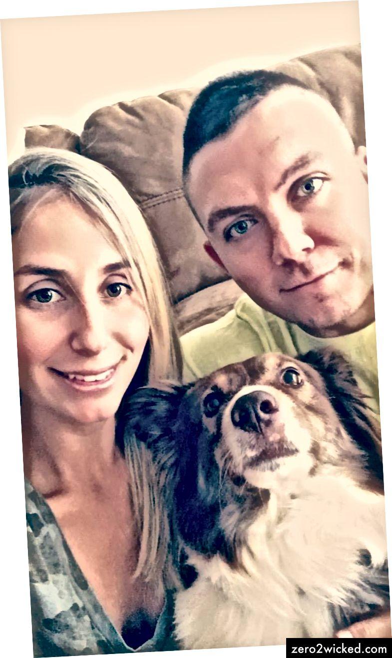 Тренутна фотографија моје супруге, бордер цоллија (Јет) и мене.