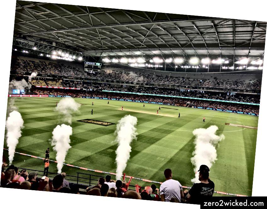 خلال رحلة قمت بها مؤخرًا إلى أستراليا ، حضرت مباراة للكريكيت ، حيث تعرفت على الثقافة الأسترالية