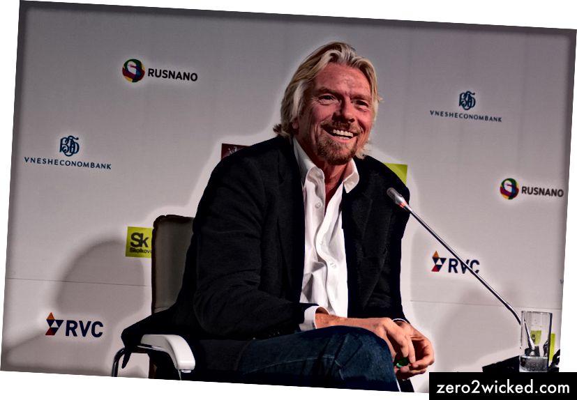 Sir Richard Branson während eines Konferenzpanels in Moskau, Russland.