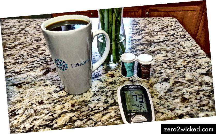 القهوة للفطور واختبار الجلوكوز.