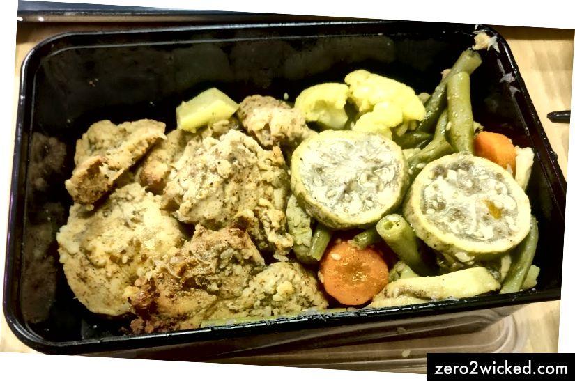 Ristet kylling med nogle aubergine og andre grøntsager