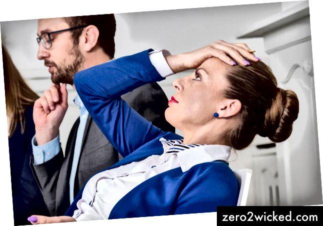 जो महिलाएं काम पर बोलती हैं, उन्हें अनदेखा कर दिया जाता है, जबकि पुरुषों को पदोन्नति मिलती है